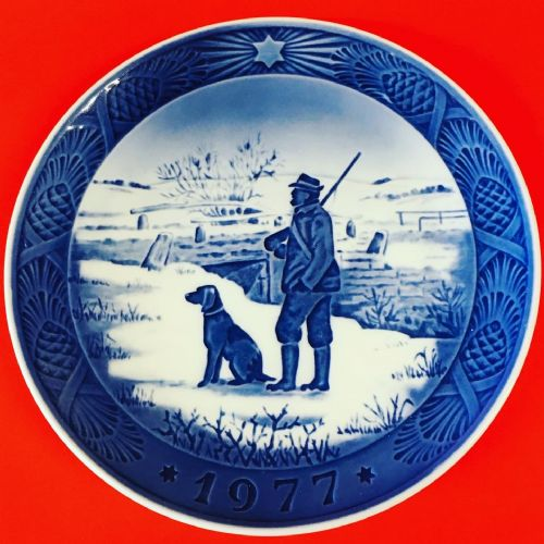 Royal Copenhagen - Collector - Christmas Plate 1977